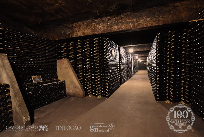 100 Anos De História Caves São João